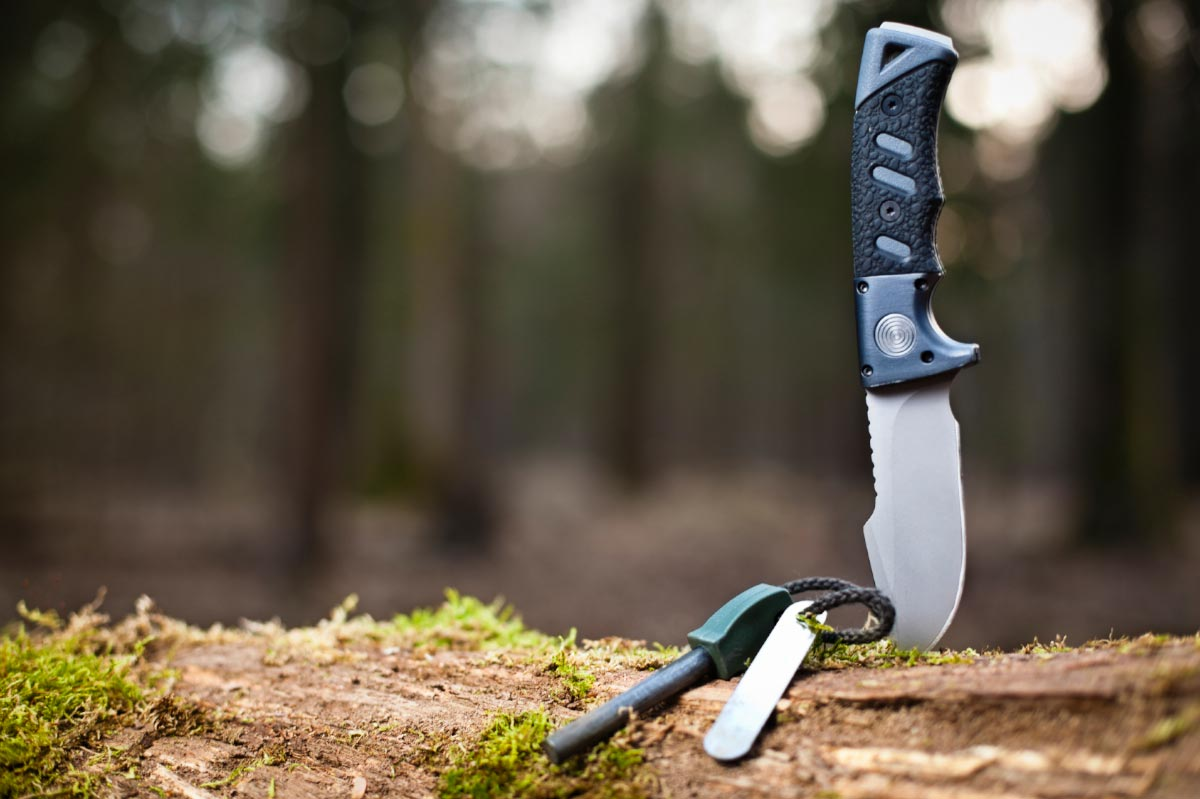 Knife-Survival-Camping