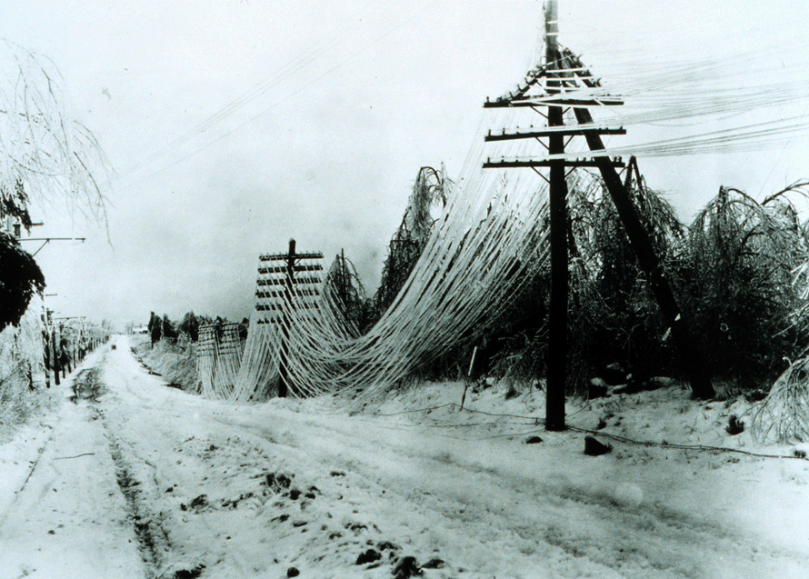 [ice-storm-power-lines-outage]