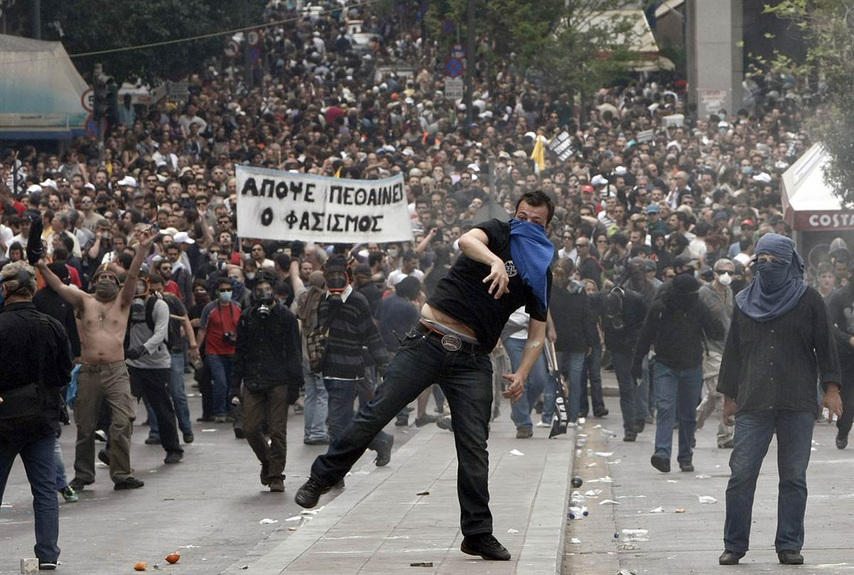 greek-protests-austerity-collapse