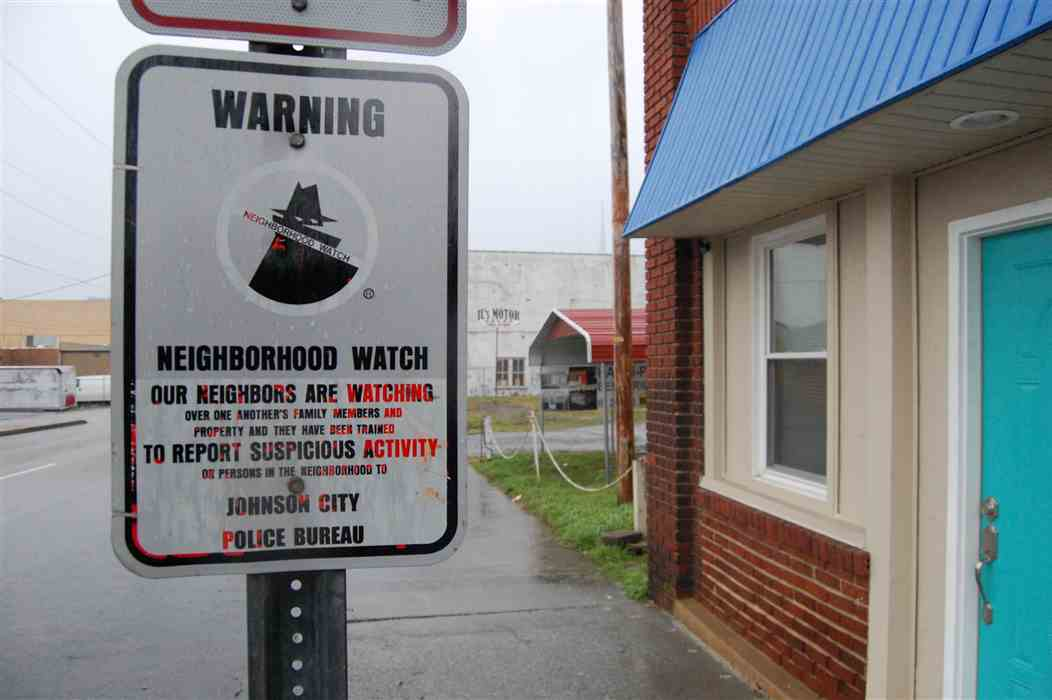 neighborhood-watch-police-terrorism